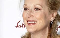 """Meryl Streep chega à premier do filme """"A Dama de Ferro"""", onde interpreta a ex-primeira-ministra britânica Margaret Thatcher, em Nova York. Streep parece fadada a receber uma inédita 17ª indicação ao Oscar, depois das entusiasmadas críticas à sua atuação no papel de Thatcher. 13/12/2011 REUTERS/Carlo Allegri"""
