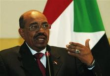 Sudanese President Omar Hassan al-Bashir speaks during a news conference in Tripoli January 7, 2012. REUTERS/Ismail Zitouny