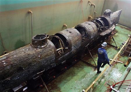 Complete Civil War submarine unveiled for first time - Reuters