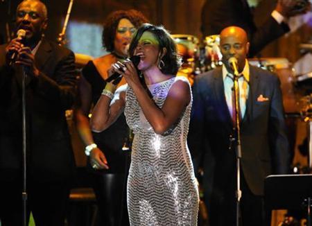 2月11日、米人気歌手で女優のホイットニー・ヒューストンさんが死去した。48歳だった。昨年2月撮影(2012年 ロイター/Phil McCarten)