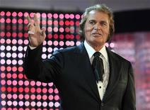 Singer Engelbert Humperdinck performs as guest during the international new singers contest New Wave in Jurmala July 28, 2010. REUTERS/Ints Kalnins