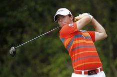 Rory McIlroy of Northern Ireland tees off on the third hole during third round play in the Honda Classic PGA golf tournament at PGA National Golf Club in Palm Beach Gardens, Florida March 3, 2012. REUTERS/Joe Skipper