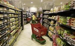 A supermarket in Zimbabwe's capital Harare, March 26, 2009.   REUTERS/Philimon Bulawayo