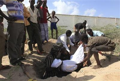 Two killed in Somali rebels' mortar attack on palace