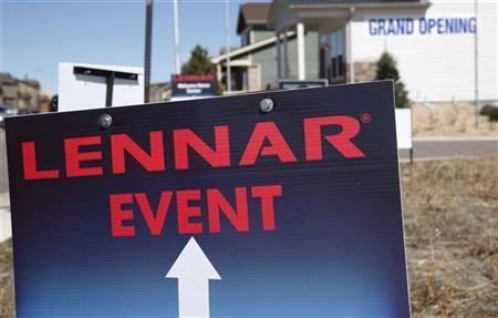 A Lennar model home is open for customers in a new neighborhood in the Denver suburb of Thornton, Colorado March 29, 2011. REUTERS/Rick Wilking