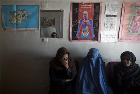 Drug addicts visit the Nejat drug rehabilitation centre, an organisation funded by the United Nations providing harm reduction and HIV-AIDS awareness, in Kabul January 29, 2012. With little funding and no access to substitution drugs such as methadone, treatment is rudimentary at Nejat for a problem that is growing in a dirt-poor country riven by conflicts for more than three decades. Opiate consumption in Afghanistan, where it has long been a medication but in recent years has been used increasingly for recreation, is also on a sharp rise. Nejat estimates around 60,000 women in Afghanistan regularly take illegal drugs, including hashish and marijuana. Shrouded in stigma, female drug users is a topic that is almost never mentioned in Afghanistan. Picture taken January 29, 2012. REUTERS-Ahmad Masood