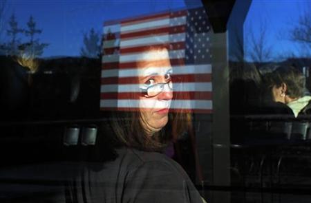 4月17日、ロイターとイプソスによる米大統領選に関する世論調査によると、女性からの支持率では、オバマ大統領がロムニー前マサチューセッツ州知事に大差をつけてリードしていることが分かった。写真は2月撮影(2012年 ロイター/Brian Snyder)