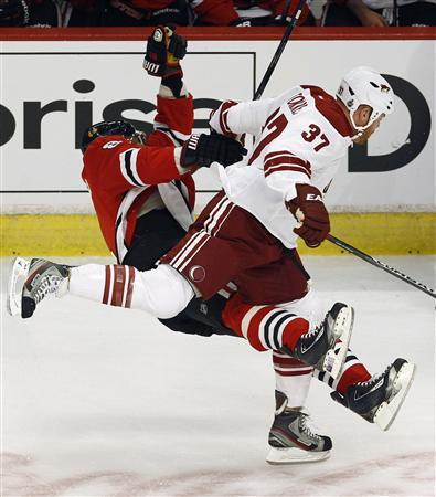 Chicago's Hossa leaves hospital after huge Torres hit
