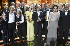 Winners stand together at the end of the German Film Prize (Lola) ceremony in Berlin April 27, 2012. REUTERS/Fabrizio Bensch