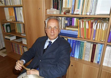 Nikiforos Angelopoulos, a professor of psychiatry, is seen in his office in Athens April 25, 2012. REUTERS/Erik Kirschbaum