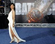"""Cast member Rihanna poses at the American premiere of Universal Pictures' film """"Battleship"""" in Los Angeles May 10, 2012. REUTERS/Danny Moloshok"""