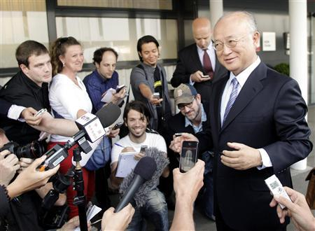 International Atomic Energy Agency (IAEA) Director General Yukiya Amano briefs the media before his trip to Tehran at the international airport in Vienna May 20, 2012. The United Nations nuclear watchdog chief said he did not expect to visit Iran's Parchin military site during his visit to the country but was positive about his talks with Iranian officials scheduled for Monday. REUTERS/Leonhard Foeger