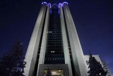 Штаб-квартира Газпрома в Москве, 2 января 2009 года. Чистая прибыль Газпромнефти по МСФО выросла в первом квартале 2012 года до 48,4 миллиарда рублей против 40 миллиардов рублей годом ранее, сообщила компания во вторник. REUTERS/Denis Sinyakov
