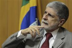 O ministro da Defesa, Celso Amorim, participa do Reuters Latin American Investment Summit, em Brasília, nesta quarta-feira. 30/05/2012 REUTERS/Ueslei Marcelino