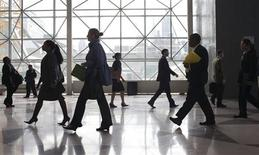 Students enter the 2012 Big Apple Job and Internship Fair at the Javits Center in New York, in this April 27, 2012 file photo. REUTERS/Andrew Burton/Files