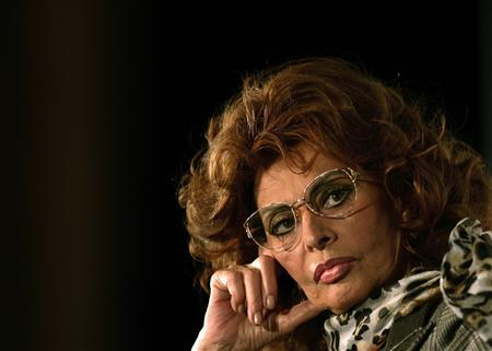 Italian actress Sophia Loren attends a news conference to promote the 2007 Pirelli Calendar at a hotel in central London, in this file picture taken November 16, 2006. REUTERS/Dylan Martinez