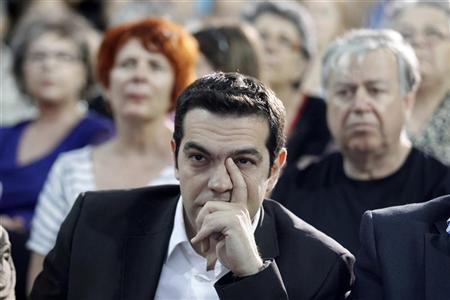 Alexis Tsipras, head of Greece's radical left SYRIZA party, attends a pre-election rally at Elefsina suburb, west of Athens June 6, 2012. REUTERS/Yorgos Karahalis