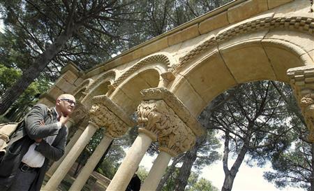 Academic seeks origin of mysterious Spanish cloister - Reuters