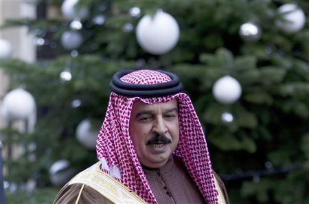 Bahrain's King Hamad bin Isa Al Khalifa leaves 10 Downing Street in central London December 12, 2011. REUTERS/Olivia Harris