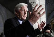 Interim Liberal leader Bob Rae speaks during a news conference on Parliament Hill in Ottawa June 13, 2012. Rae announced he will not run for the permanent leadership of the Liberal Party. REUTERS/Chris Wattie