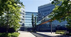 Vista externa da sede da Nokia em Espoo, na Finlândia, em foto de divulgação. Nokia planeja cortar 10 mil postos de trabalho, equivalentes a 20 por cento do total, em sua divisão global de celulares.14/06/2012 REUTERS/Kimmo Mantyla/Lehtikuva