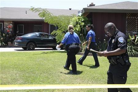 Tape of 911 call sheds little light on Rodney King death