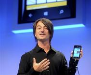 Joe Belfiore, corporate vice president of Microsoft, introduces the Windows Phone 8 mobile operating system in San Francisco, California, June 20, 2012. REUTERS/Noah Berger