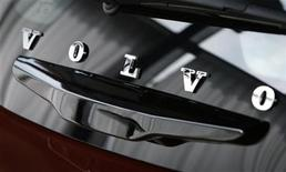 Volvo's corporate logo is seen on the rear hatch of a Volvo C30 in a showroom near the Volvo Car Corporation Headquarters in Gothenburg May 20, 2010. REUTERS/Bob Strong