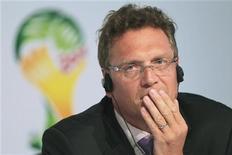 O secretário-geral da FIFA, Jérôme Valcke, reage durante uma entrevista coletiva em Brasília. 28/06/2012 REUTERS/Ueslei Marcelino