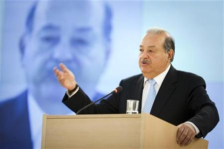 Mexican telecommunications and retail tycoon Carlos Slim Helu delivers his speech on the impact of new technologies during a lecture organized by the United Nations Institute for Training and Research (UNITAR) at the United Nations European headquarters in Geneva June 11, 2012. REUTERS/Valentin Flauraud