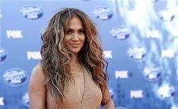 """A popstar Jennifer Lopez chega para a final da décima temporada do """"American Idol"""", em Los Angeles, em maio do ano passado. 25/05/2011 REUTERS/Mario Anzuoni"""
