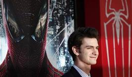 """Cast member Andrew Garfield poses at the premiere of """"The Amazing Spider-Man"""" at the Regency Village theatre in Los Angeles, California June 28, 2012. REUTERS/Mario Anzuoni"""