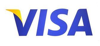 Логотип компании Visa, сфотографированный в Новом Орлеане (штат Луизиана), 9 мая 2012 года. Скорректированная прибыль крупнейшей платежной системы мира Visa Inc превысила ожидания Уолл-стрит в третьем квартале, а сама компания вновь повысила годовой прогноз благодаря глобальному росту объема платежей по картам. REUTERS/Sean Gardner