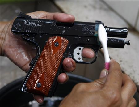 Philippine gun makers take aim from the backyard to the