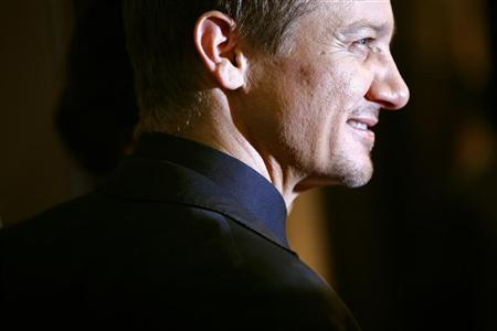 Cast member Jeremy Renner attends the premiere of the film ''The Bourne Legacy'' in New York July 30, 2012. REUTERS/Eric Thayer