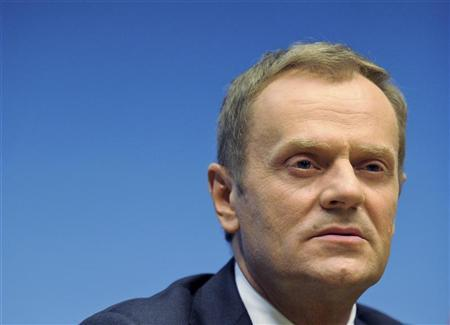Poland's Prime Minister Donald Tusk addresses a news conference after an European Union leaders summit in Brussels June 29, 2012. REUTERS/Laurent Dubrule