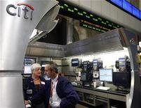 Traders work at the Citi trading post on the floor of the New York Stock Exchange, November 24, 2008. REUTERS/Shannon Stapleton