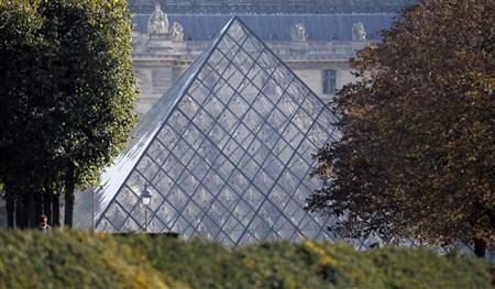 View of the glass pyramid, designed by Chinese-born U.S. Architect I.M. Pei, which is the entrance of the Louvre Museum in Paris on October 21, 2011. REUTERS/Regis Duvignau