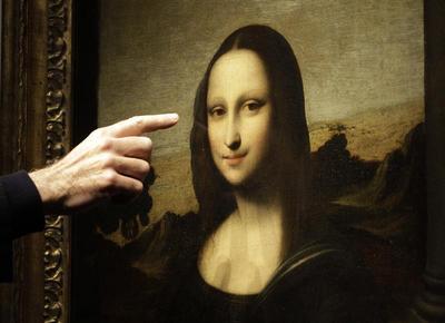 A new Mona Lisa smile