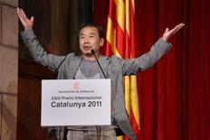"Japanese writer Haruki Murakami speaks during a ceremony where he was awarded the ""XXIII Premi Internacional Catalunya"" prize in Barcelona, June 9, 2011. REUTERS/Generalitat de Catalunya/Handout"