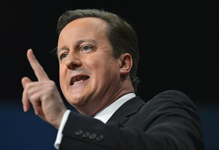 Britain's Prime Minister David Cameron delivers his keynote speech at the Conservative Party conference in Birmingham, central England October 10, 2012. REUTERS/Toby Melville