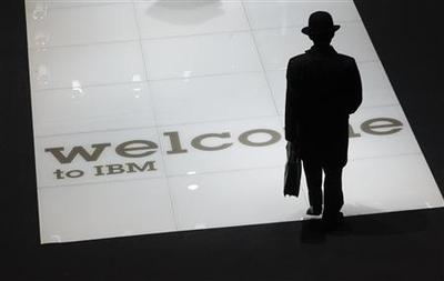 IBM revenue hurt by strong dollar, tight IT budgets