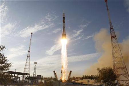 The Soyuz TMA-06M spacecraft carrying the International Space Station (ISS) crew of U.S. astronaut Kevin Ford and Russian cosmonauts Oleg Novitskiy and Evgeny Tarelkin blasts off from its launch pad 31 at the Baikonur cosmodrome October 23, 2012. REUTERS/Shamil Zhumatov
