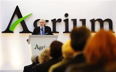 Exclusive: Activist Jana digs in for long Agrium battle