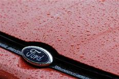 The Ford logo is seen at Ford car plant in Craiova, 230km (143 miles) west of Bucharest, October 29, 2012. REUTERS/Bogdan Cristel