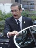 <p>Le Premier ministre portugais Pedro Passos Coelho. Le Fonds monétaire international (FMI) et le gouvernement portugais ont engagé des discussions afin d'identifier de nouvelles coupes budgétaires capables de contribuer à résorber le déficit. /Photo prise le 19 octobre 2012/REUTERS/Eric Vidal</p>