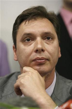 Aleksandar Vucic gives a statement during press conference in Belgrade May 15, 2008. REUTERS/Djordje Kojadinovic