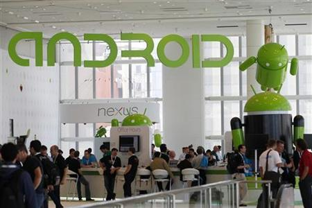 Attendees gather at the Android developer sandbox during the Google I/O Conference at Moscone Center in San Francisco, California June 28, 2012. REUTERS/Stephen Lam/Files