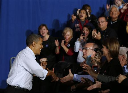 Obama, in Ohio, launches final hectic weekend of campaigning