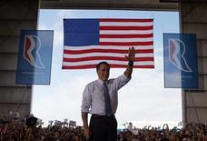 Republican presidential nominee Mitt Romney waves to the crowd at a campaign rally in Colorado Springs, Colorado November 3, 2012. REUTERS/Brian Snyder